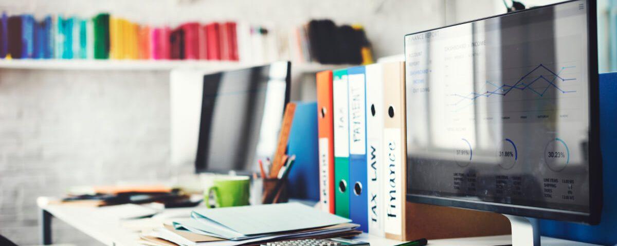 Biuro, segregatory, dokumenty. Jak prawidłowo archiwizować dokumenty - Etisoft Packaging